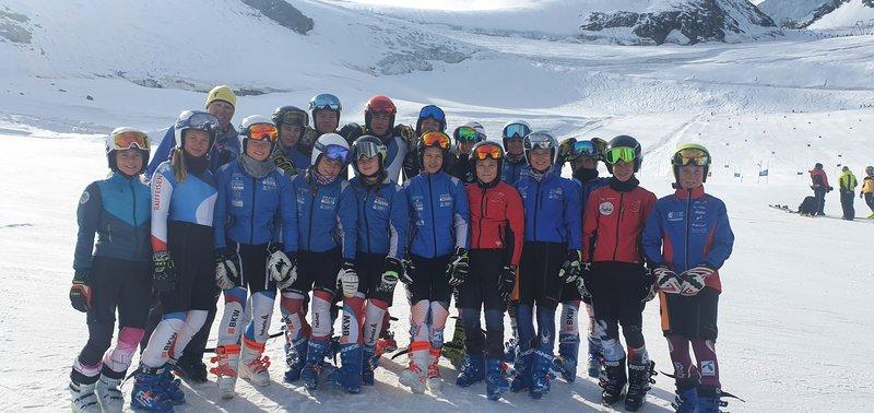 Swiss Knife Valley Skiteam